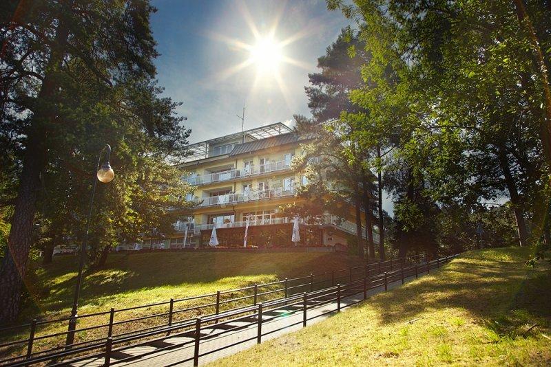Sanatorium od strony jeziora Necko