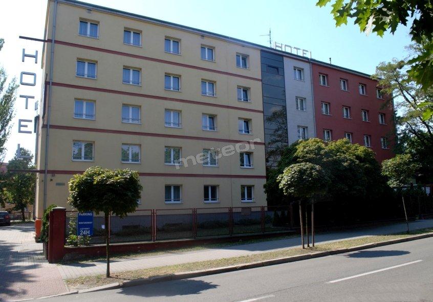 www.hotelmalinowski.pl Hotel Malinowski Economy**