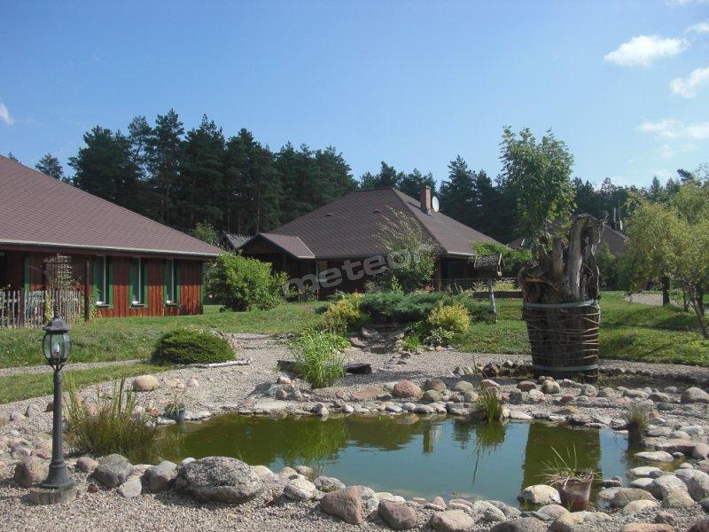 Domki  z Basenami Leśna Oaza