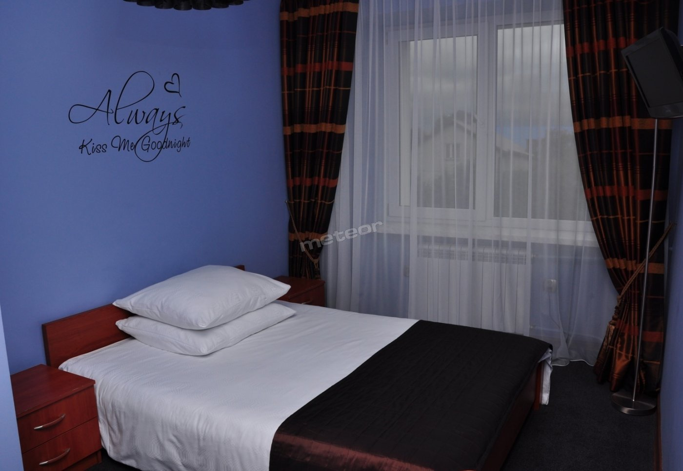 pokój z łożem