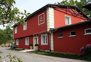 Villa & Restauracja Intryga