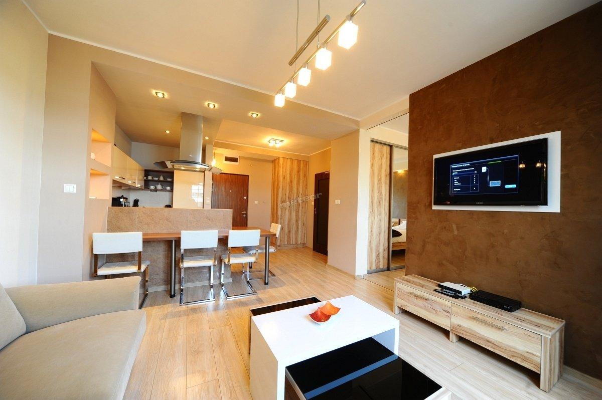 Apartament dwupokojowy dla osób niepalących. przystosowany dla osób niepełnosprawnych.