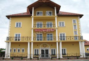 Hotel - Villa Riviera