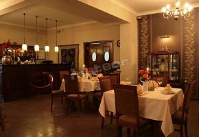 Restauracja - Pensjonat Dom Retro