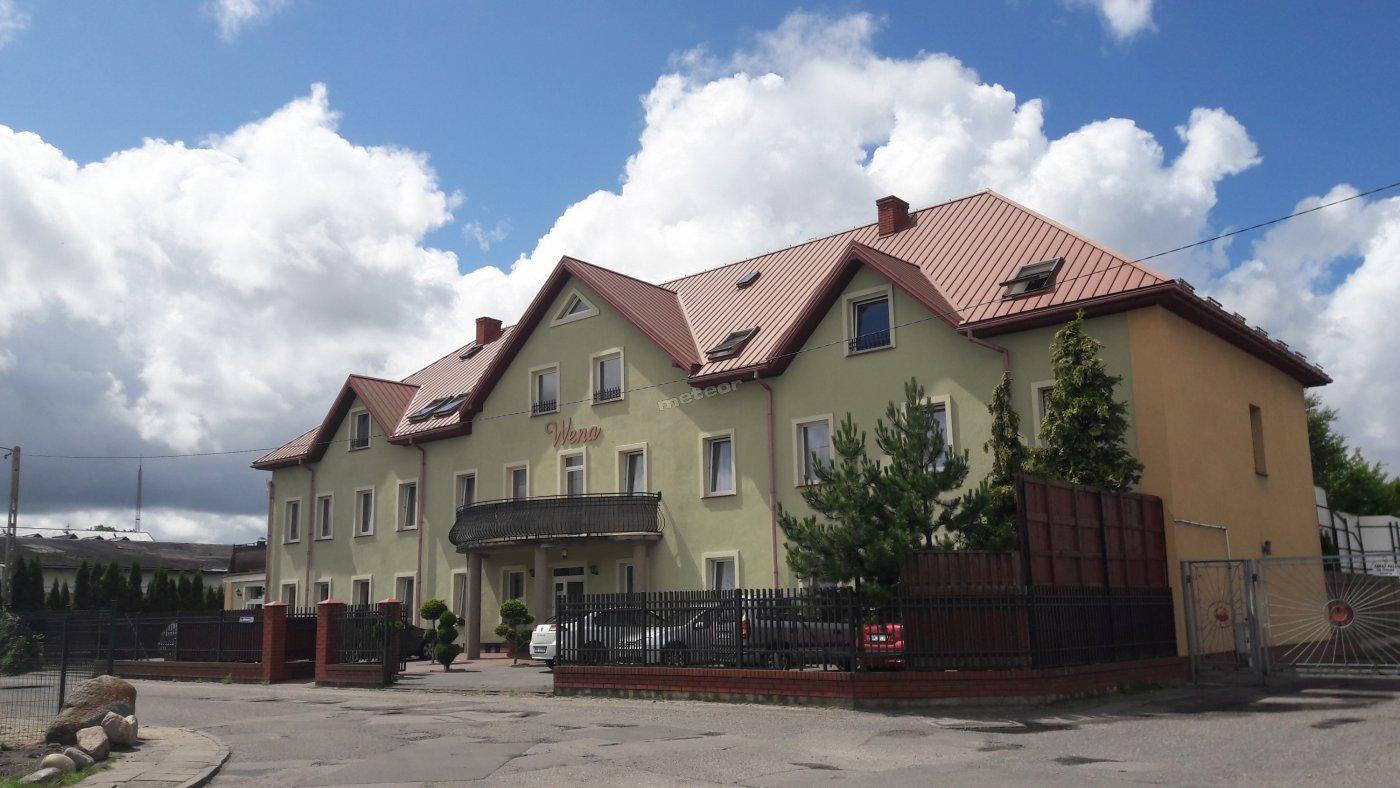 D.W.Wena front