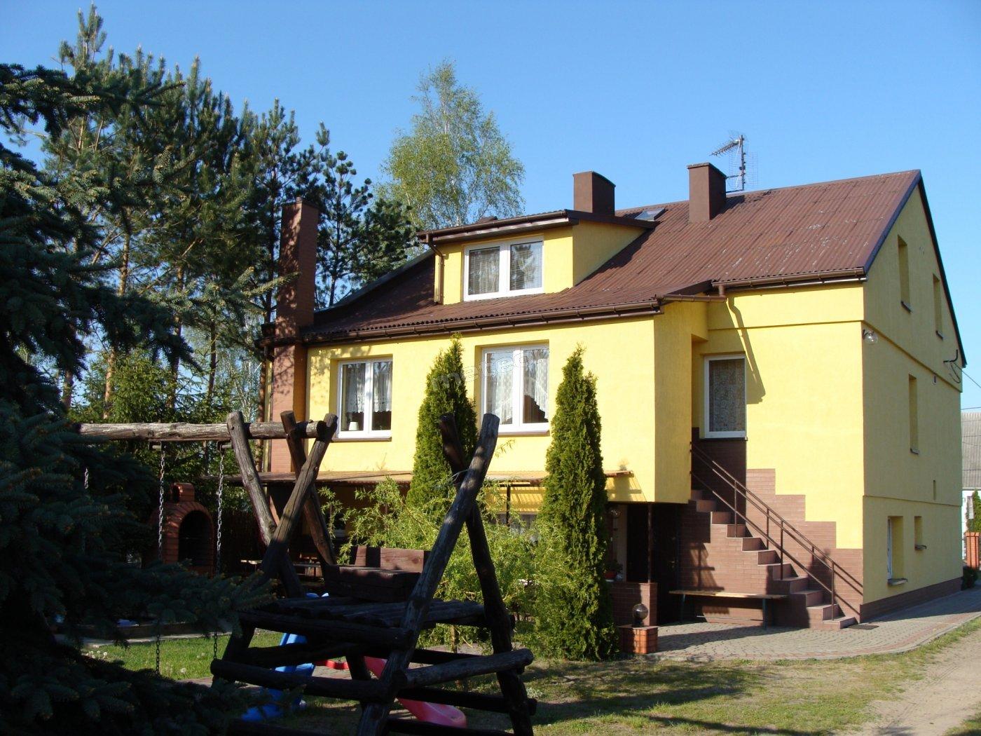 Dom Noclegowy Aga - widok od podwórka.