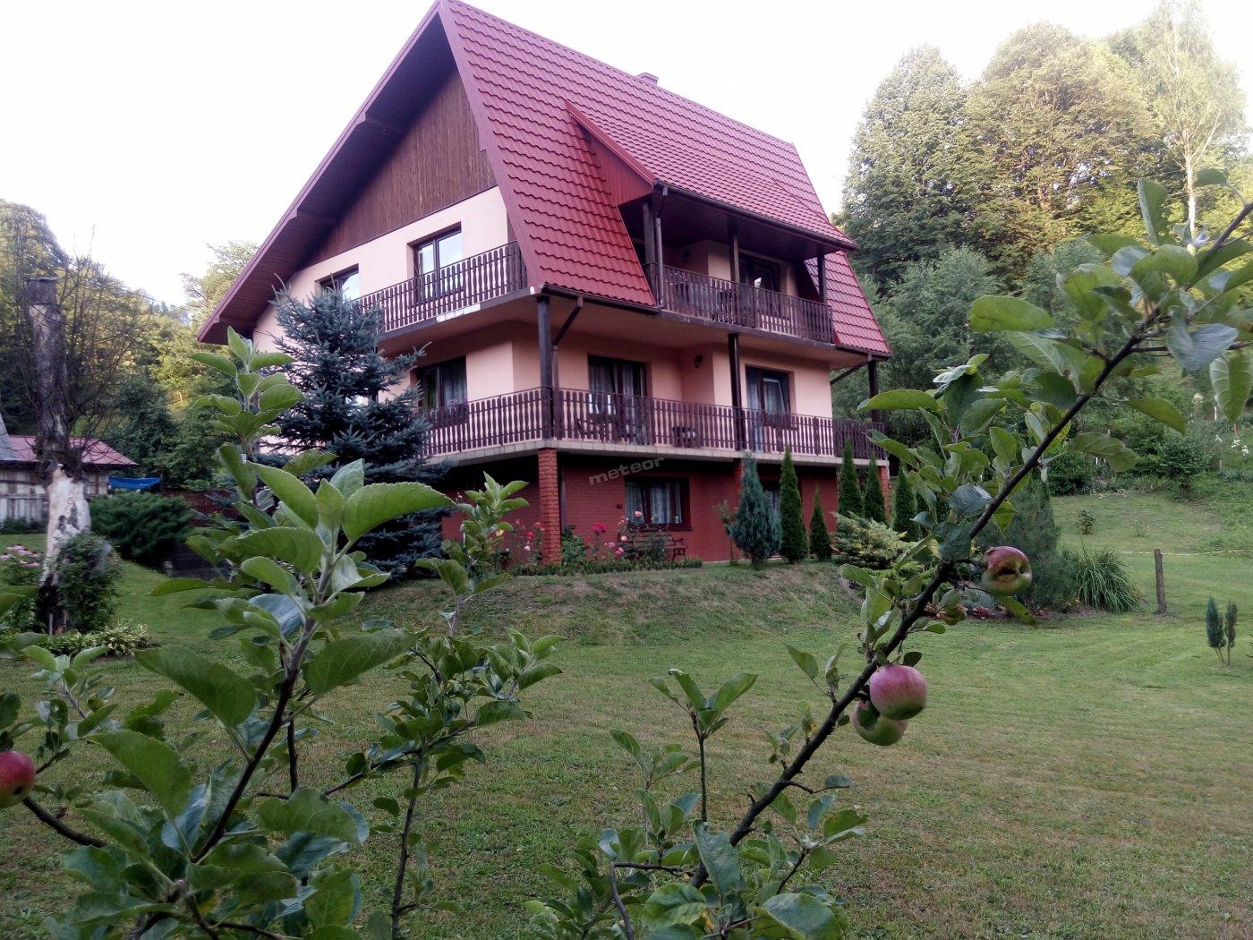 Widok domu od strony ulicy