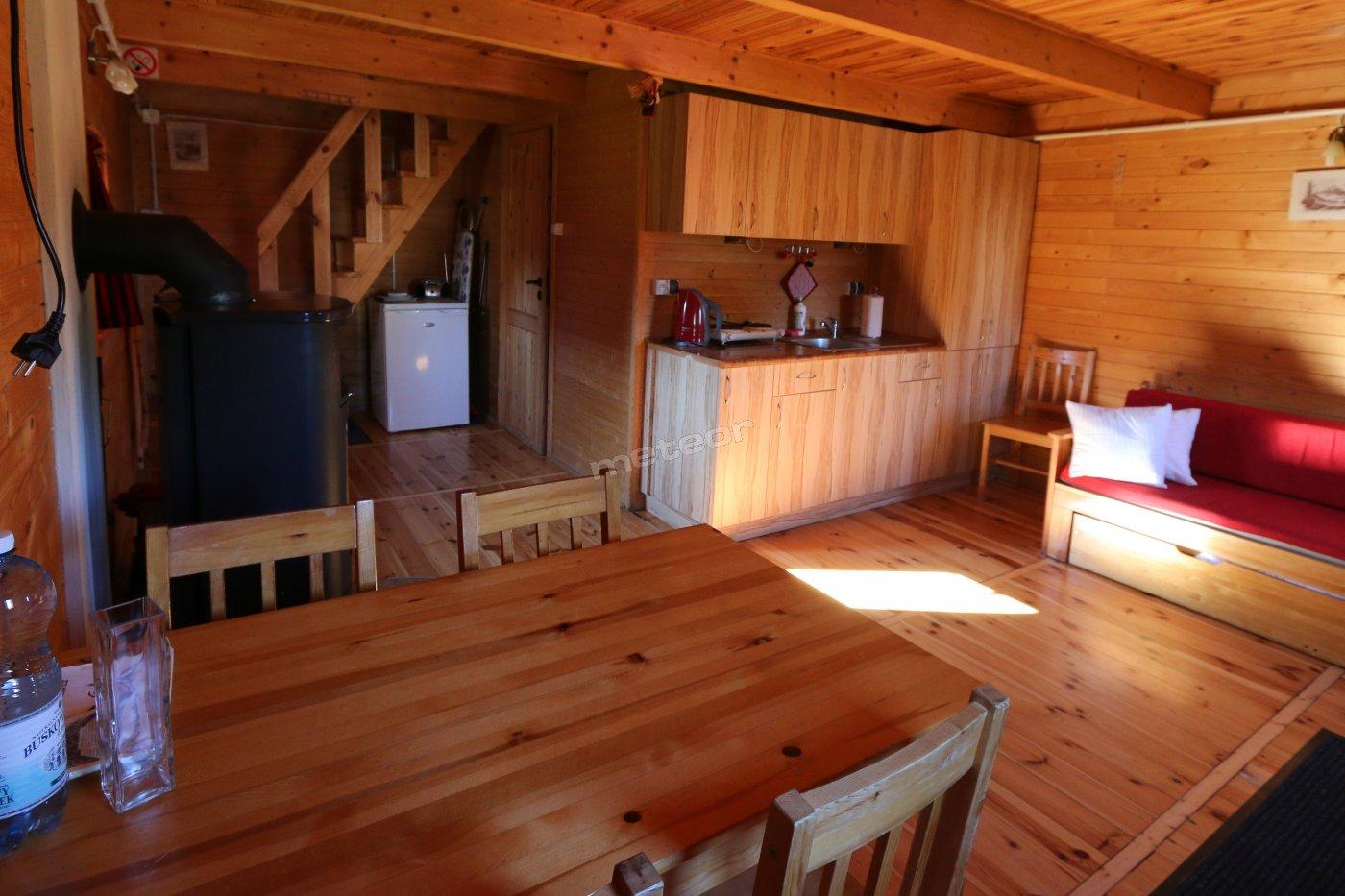 domek piętrowy z sauną i kominkiem