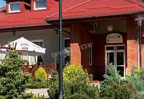 Hotel Chynów