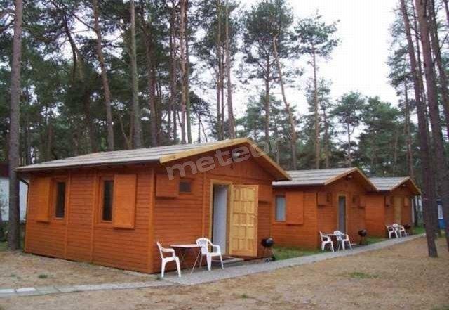 Domek wolno stojący. 2-pokoje aneks kuchenny, łazienka, RTV, sprzęt plażowy.