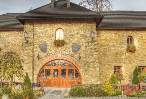 Folwark Stara Winiarnia Hotel
