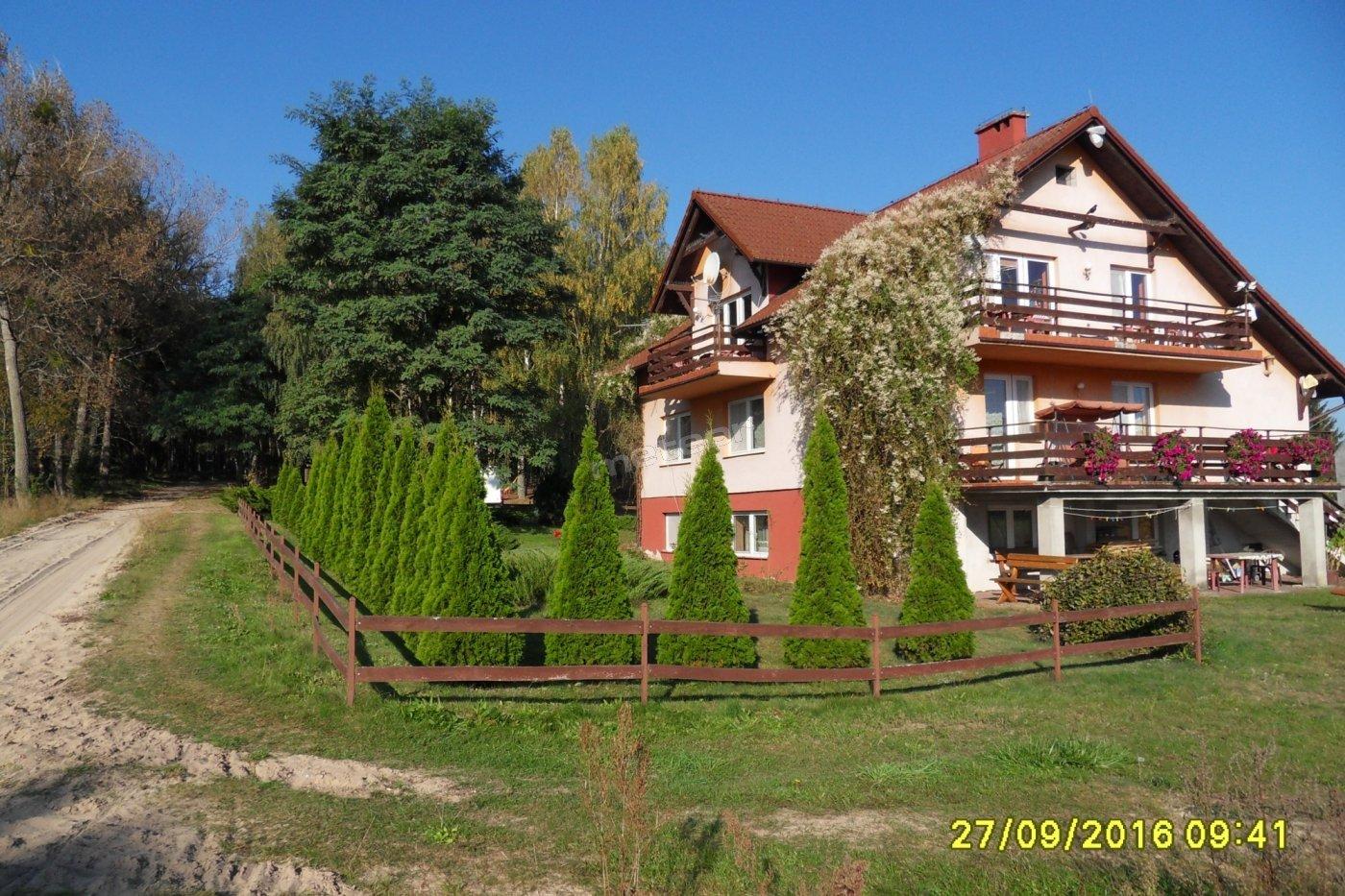 Dom od strony południowo-wschodniej