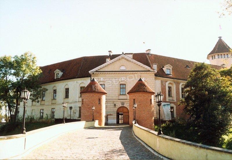 Zamek - widok od strony miasta