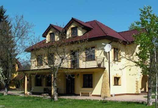 """Witamy """"Pod Orzechami""""..., - latem 40m balkon otoczony sciana zieleni..."""