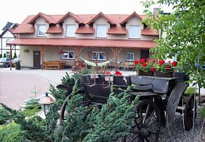Sadowianka Hostel