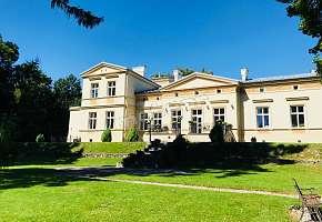 Zespół Pałacowo-Parkowy w Minodze