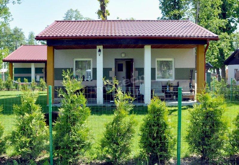 Domki Całoroczne i Kwatery Nad Miedwiem