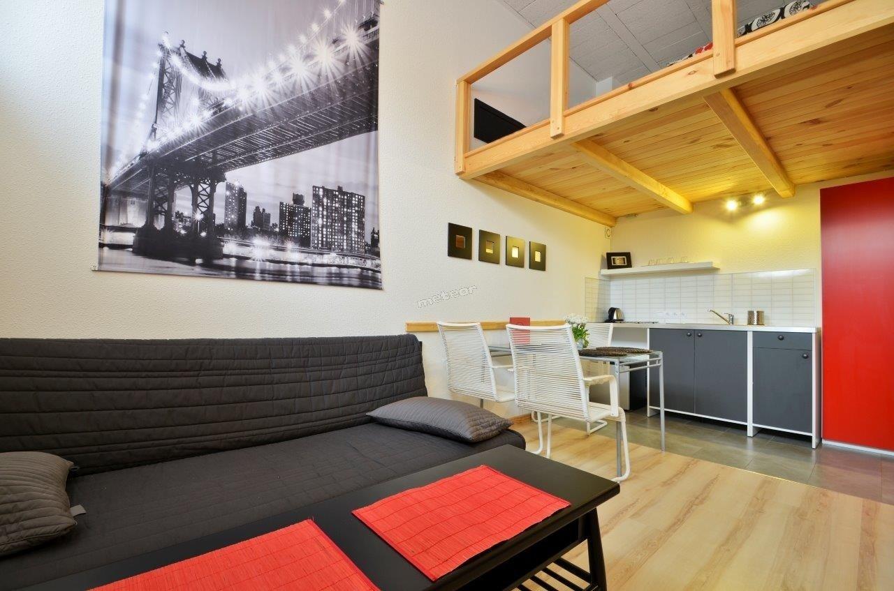 Studio-4 łóżka na antresoli