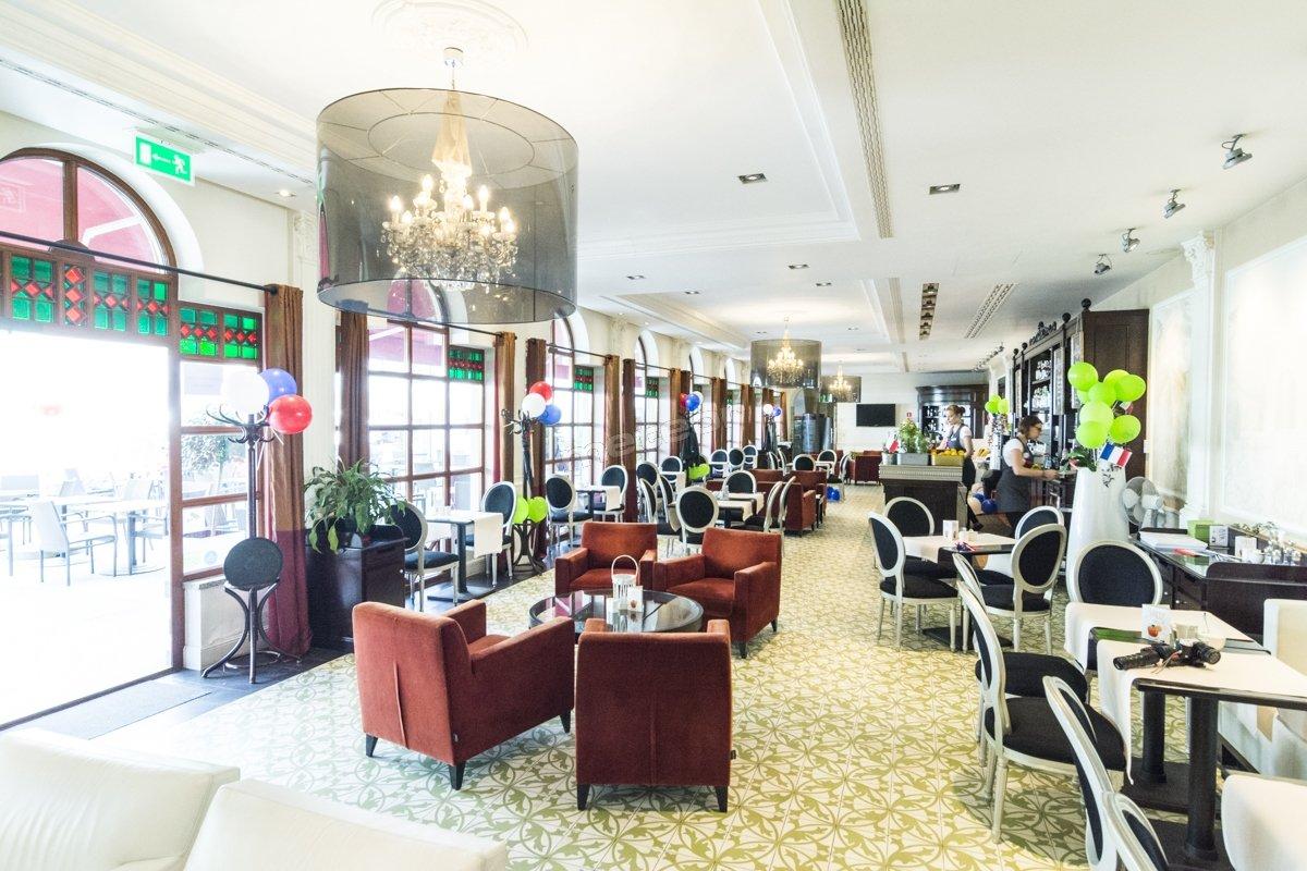 Sala Restauracyjna. Cafe Helenka Szczawnica
