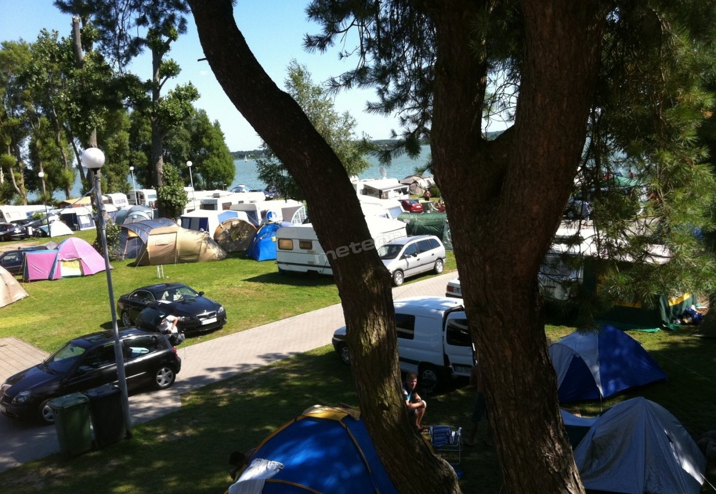 Pole namiotowo-campingowe