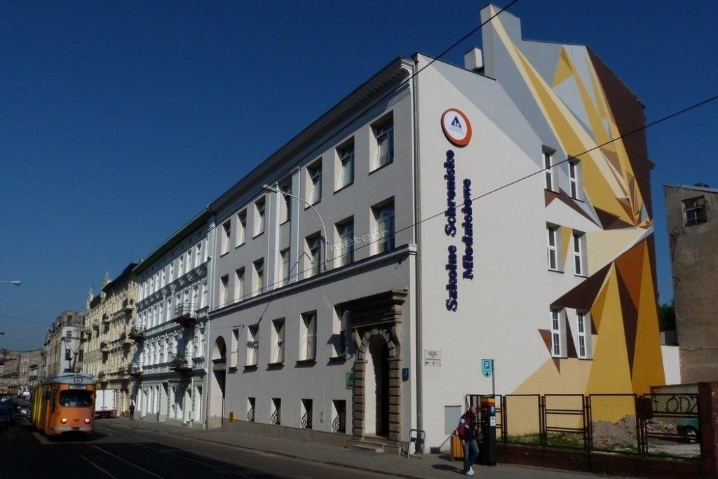 Front budynku Schroniska przy ul. Legionów 27
