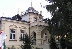 Hostel 51