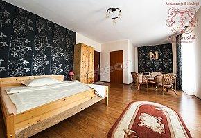 Hostel - Restauracja B.Z. Sroślak