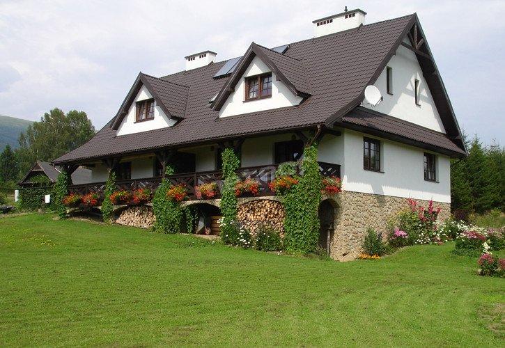 Pensjonat Werchowyna w Wetlinie. Pokoje gościnne oraz apartamenty z aneksami kuchennymi.