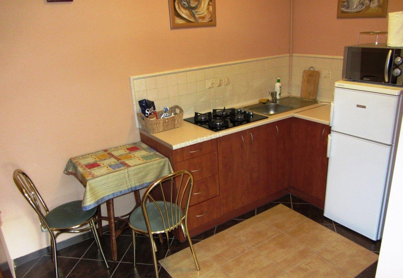 Mały apartament - aneks kuchenny