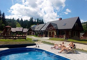 Holiday Cottages Na Borach