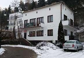 Willa Nova Hostel & Pokoje do Wynajęcia
