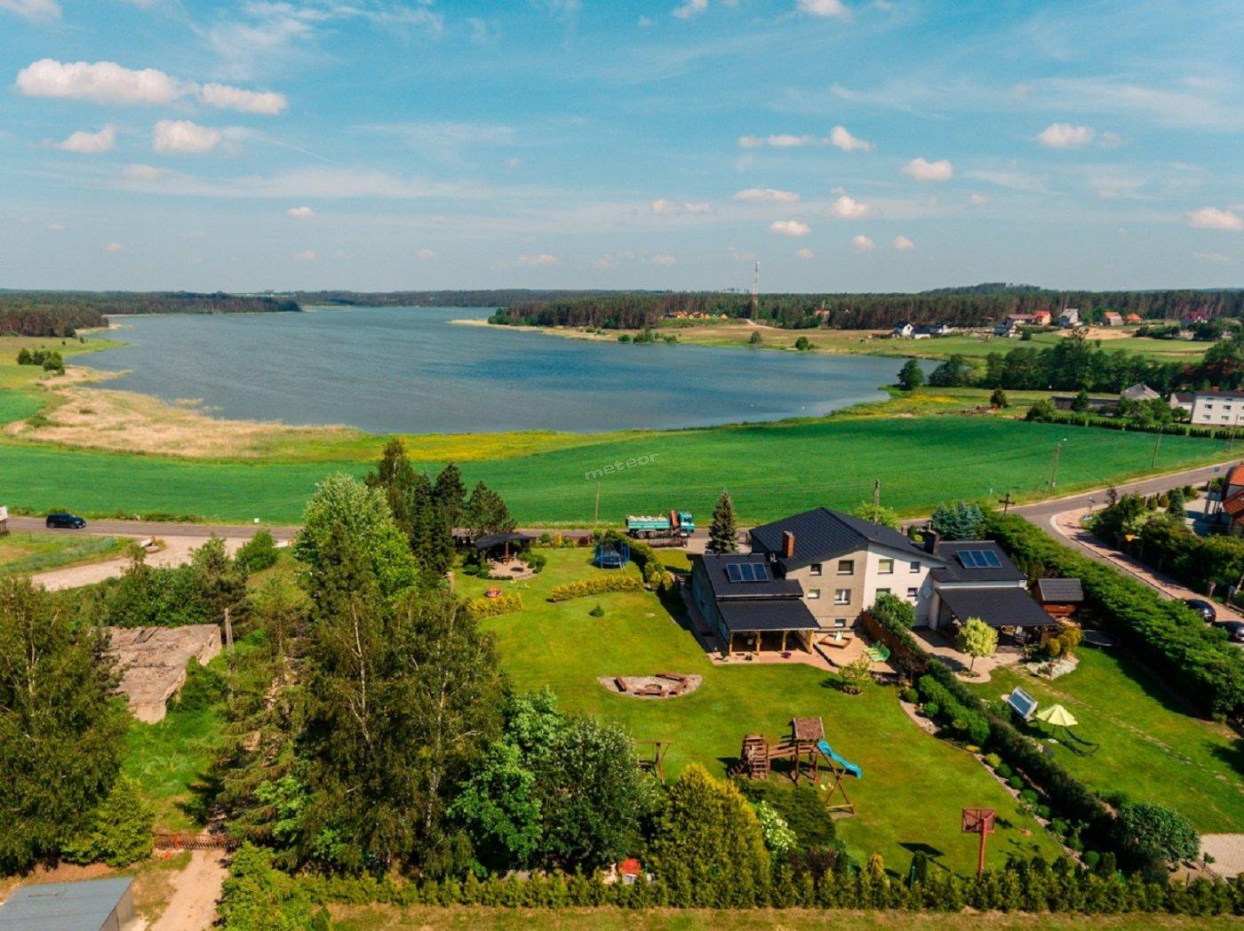 widok na Jezioro Kamienickie