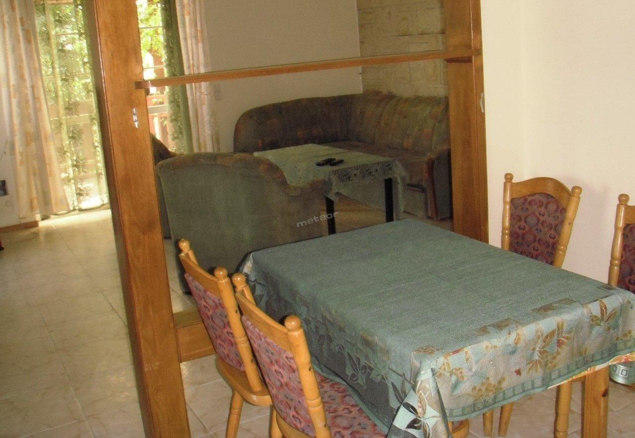 kuchnia z pokojem wypoczynkowym