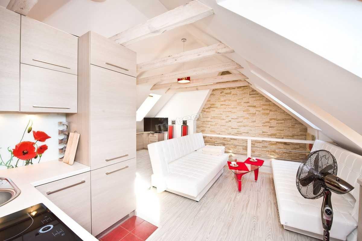 Dwupoziomowy Stylowy Apartament w Centrum Gdyni