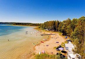 Binduga 69 Camping Pole Namiotowe Domki Letniskowe