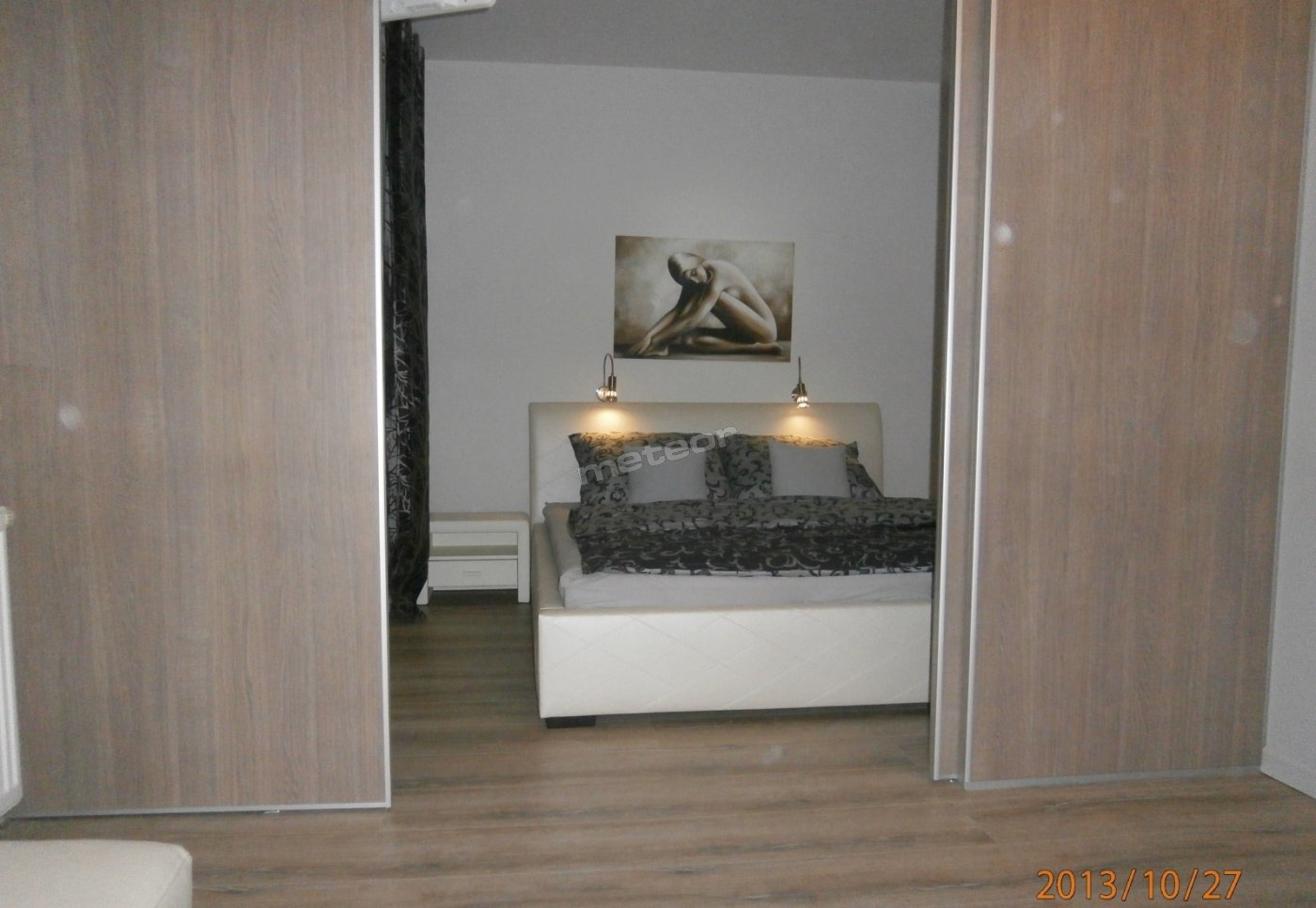 Sypialnia - widok z pokoju dziennego