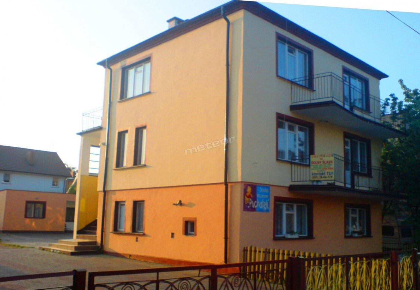 budynek A, ul. Mickiewicza 10