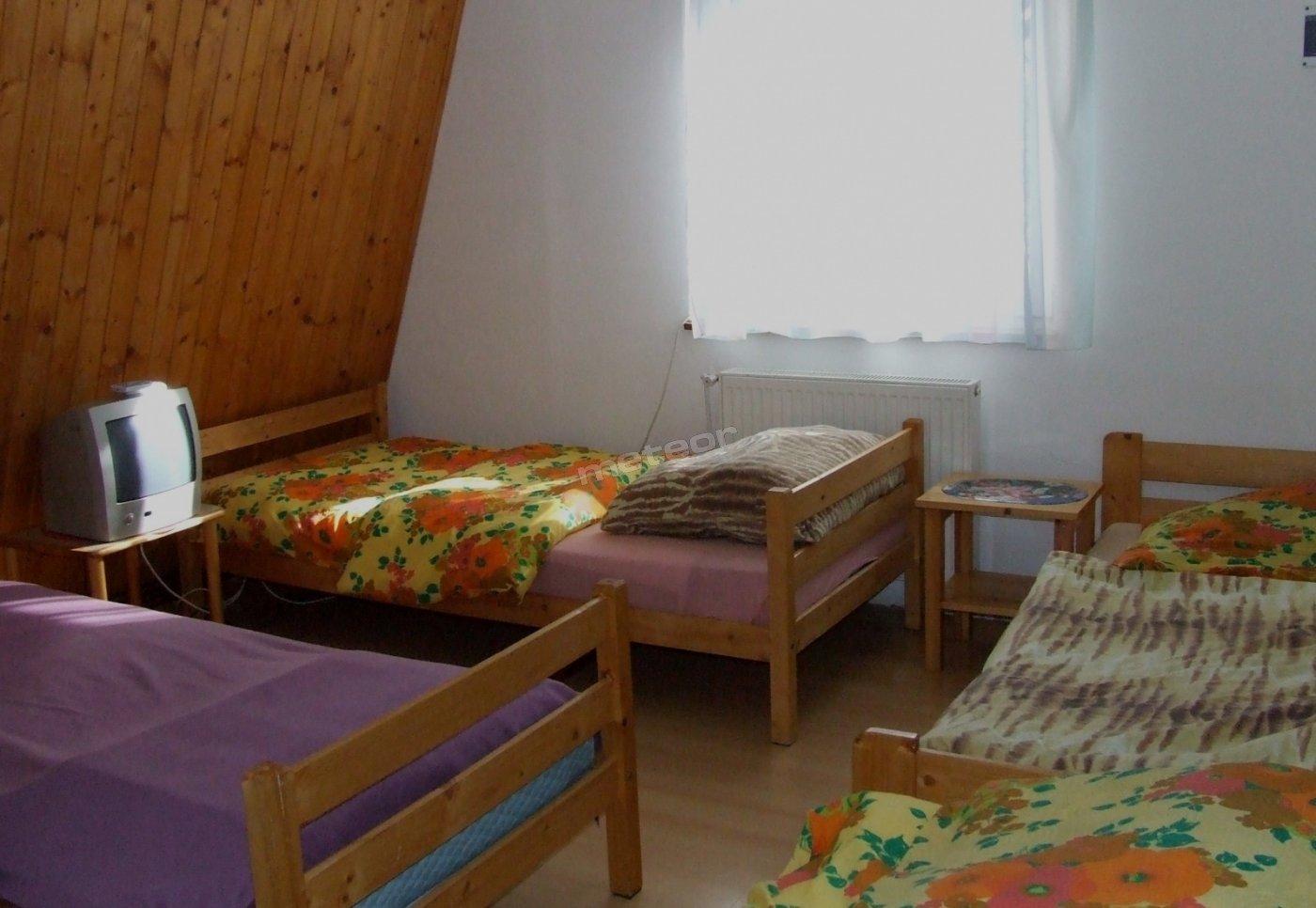 3-osobowy pokój na poddaszu