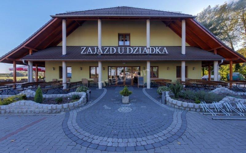 Zajazd U Dziadka - Restauracja, Hotel