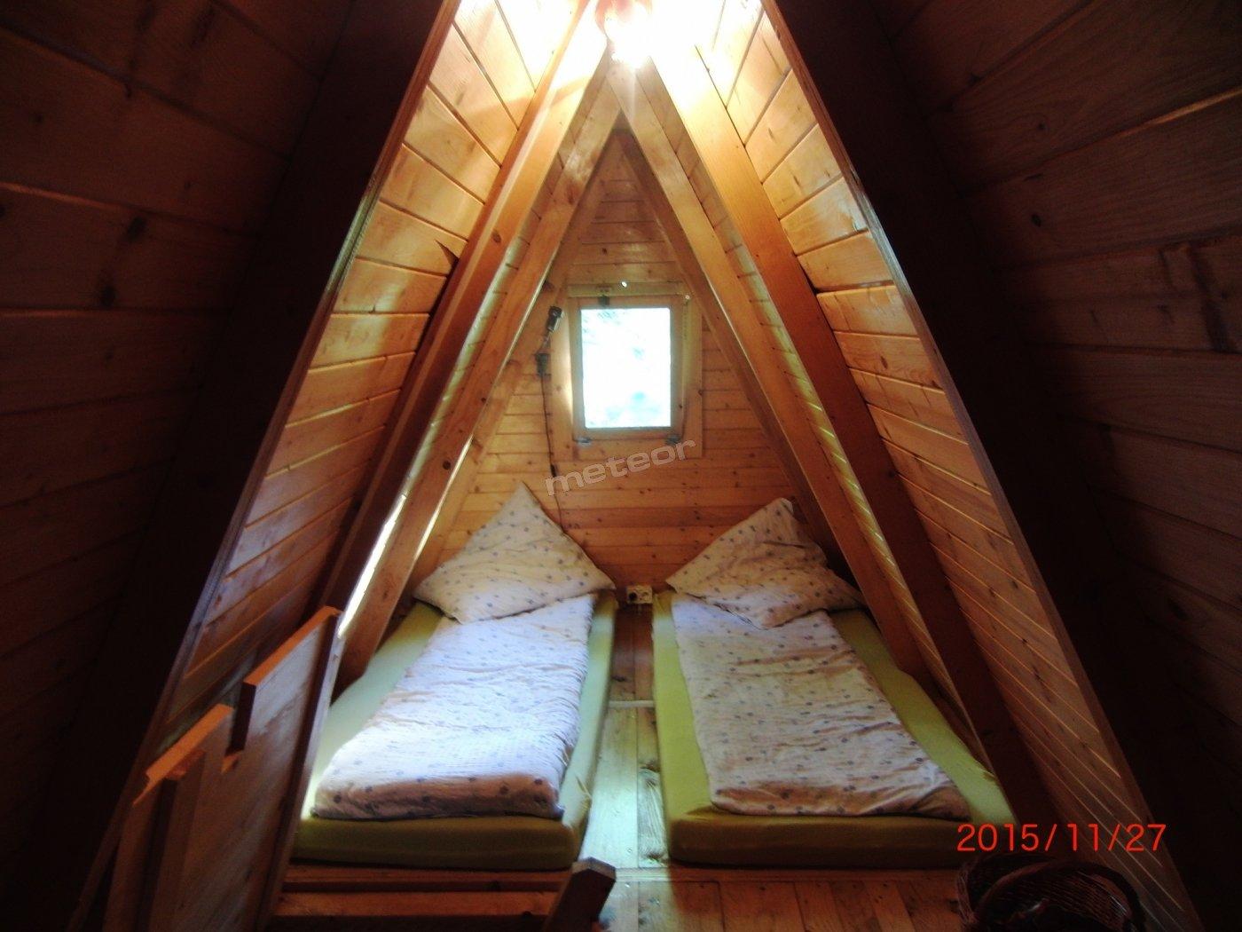 Domek leśny, sypialnia.