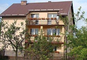 Noclegi w Wiślicy: Dom nad Łąkami