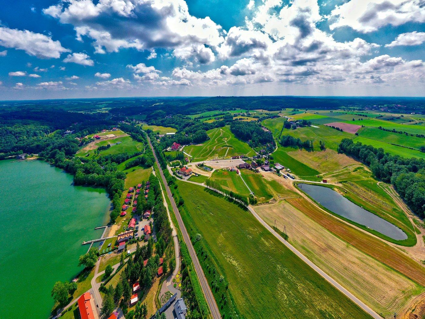 Widok z lotu ptaka na ośrodek Koszałkowo Wieżyca