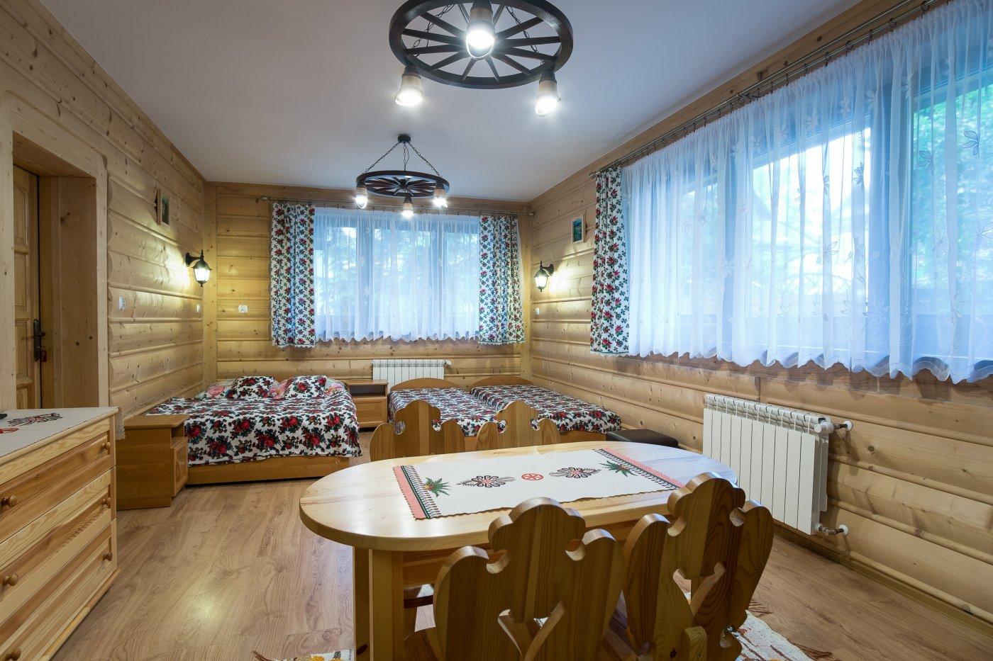P.7 Regionalny łazienka,tv,lodowka,czajnik,parter,aneks w korytarzu na 2 pok.