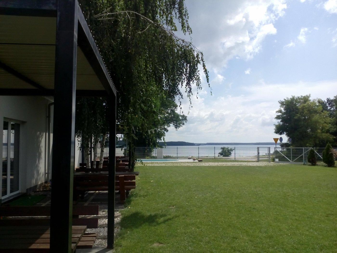 widok na jezioro - Zalew Domaniowski