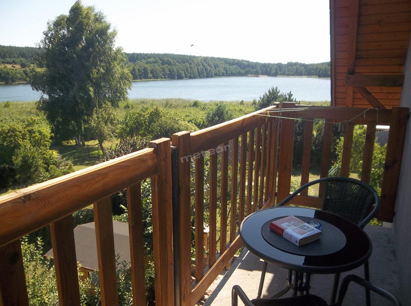 Widok z balkonu pokoju 4-osobowego.