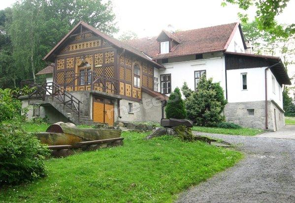 Dom Wycieczkowy Dwór