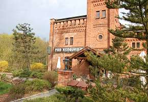 Hotel - Restauracja Zajazd pod Kłobukiem