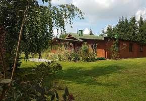 Dom nad Jeziorem w Popowie Salęckim