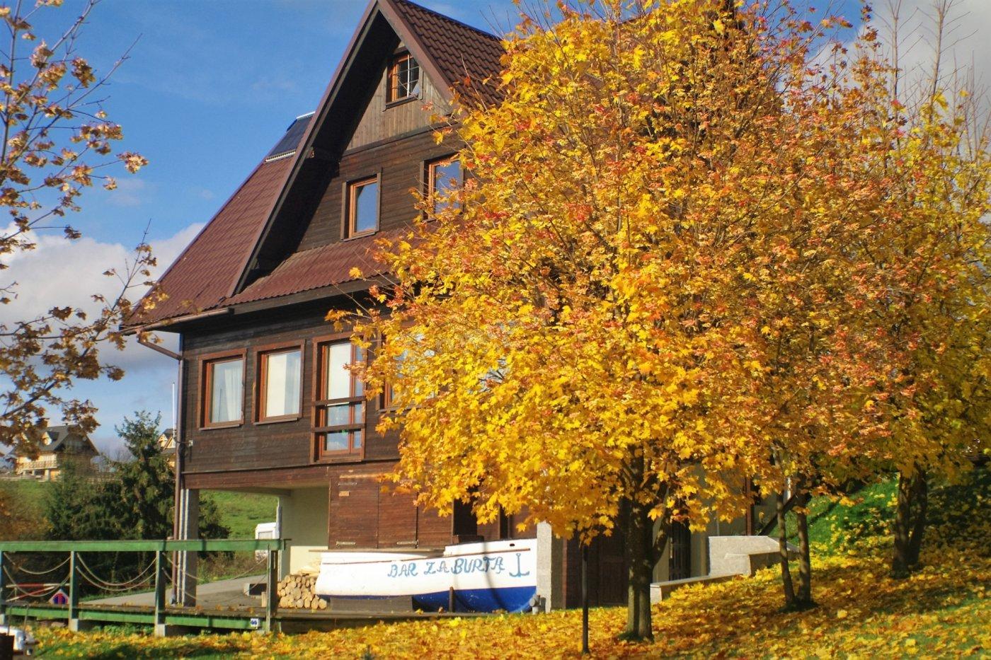 Dom na terenie Osady Turystycznej Czorsztyn