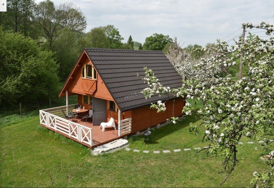 Domek pod jabłonką
